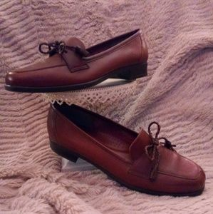 Naturalizer dress loafer